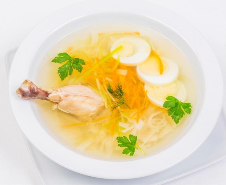 12_23a_soup_s_kurinoi_nozhkoi