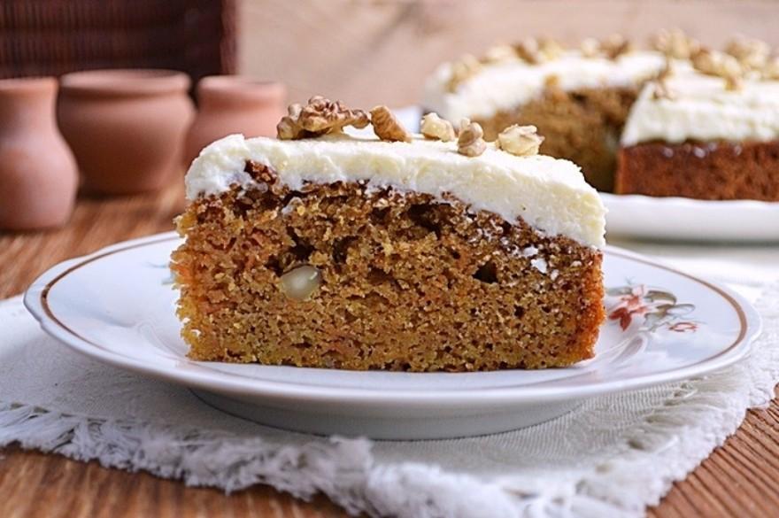 Морковный ореховый пирог