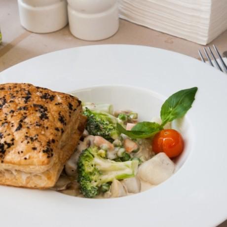 Фиш пай — рыбный пирог из слоеного теста