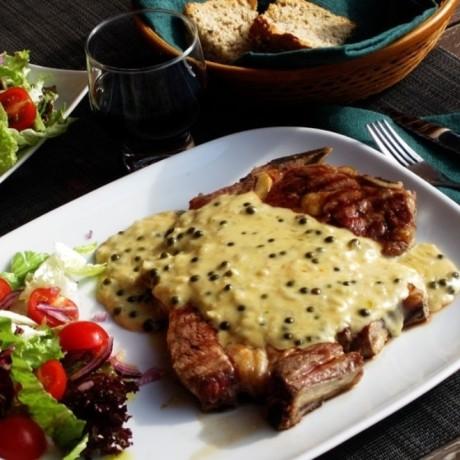 Мясо по-французски из говядины на сковороде