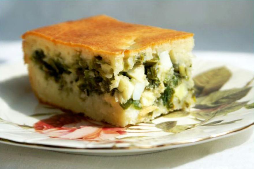 Пирог с яйцами и зеленым луком в духовке
