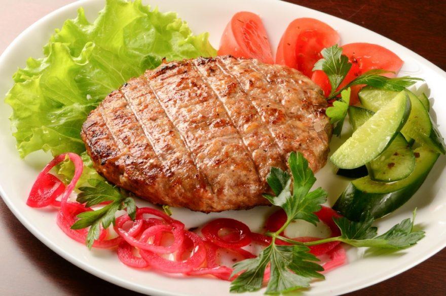 Как приготовить бифштекс рубленный из говядины на сковороде — 2