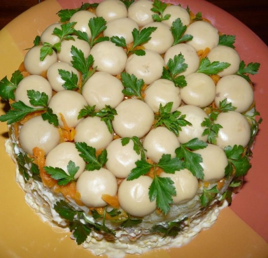 Салат грибная поляна с шампиньонами жареными рецепт с